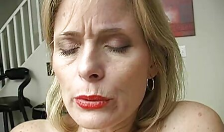 स्कूल की वर्दी में मिया सेक्सी हिंदी वीडियो एचडी मूवी ऑस्टिन ने वेबकैम पर पाला