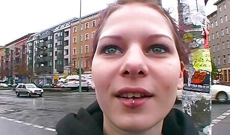 ब्लू हिंदी मूवी एचडी सेक्सी वीडियो पेंटीहोज और ट्रेन में फ्लैट
