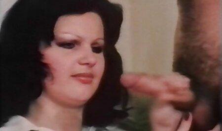 पुराने perv युवा चरम फ्रेंच चुंबन का एक्स एक्स एक्स एचडी मूवी तार हो जाता है