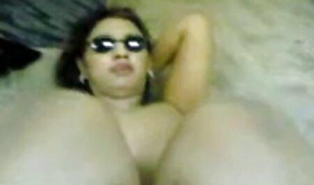 शरारती योनीधारा चूसने मुर्गा के साथ शरारती अश्लील एचडी सेक्सी मूवी हिंदी में खेल