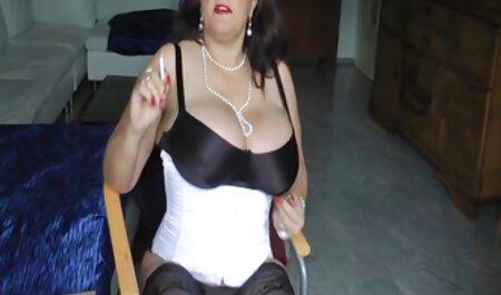 मैं अपनी गांड को हिलाऊंगा जब आप मेरी छोटी स्कर्ट को एक्स एक्स एक्स वीडियो एचडी मूवी ऊपर नीचे करोगे