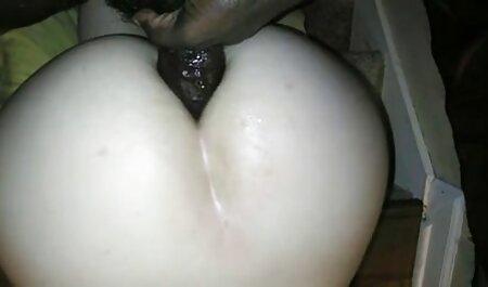 पैगी एशले अपने सेक्सी फिल्म फुल एचडी में मुंह में विस्फोट होने तक एक मुर्गा को चिढ़ाती है