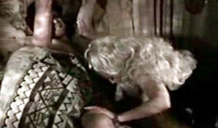 विशाल गुदा प्रतिभाओं के साथ हिंदी सेक्सी मूवी एचडी वीडियो युवा समलैंगिकों