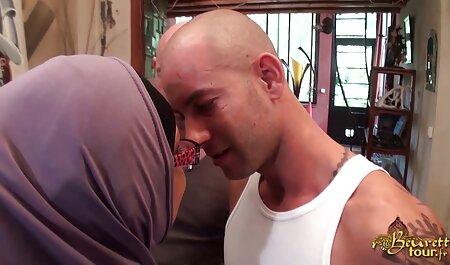 एमआईएलए पड़ोसी मुंह में सह के साथ डिक चूसने सेक्सी फिल्म हिंदी फुल एचडी